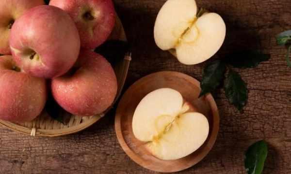 苹果?#36864;?#19968;起煮,是冬天最棒止咳药!